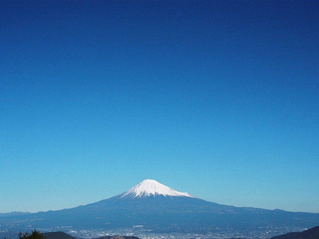 mount fuji essay I have to do an essay and i don't see how landforms can affect the climate can someone please explain to me how mt fuji affects tokyo's climate.